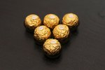 How to Make a Ferrero Rocher Christmas Tree