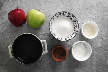 Ingredients for apple pie filling