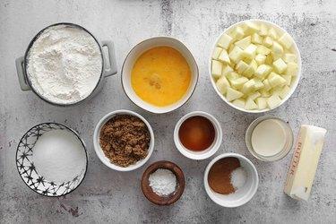 Ingredients for apple pie bread