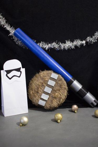 DIY Star Wars gift wrap ideas