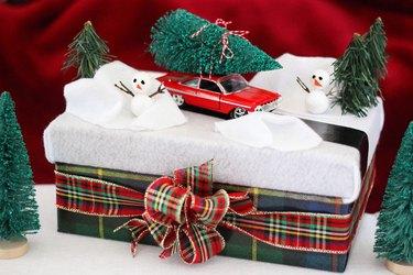 diorama gift box