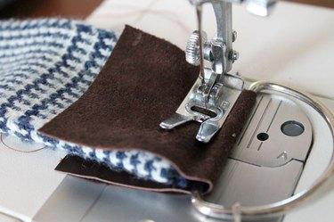 winter-scarf-camera-strap-sew-leather