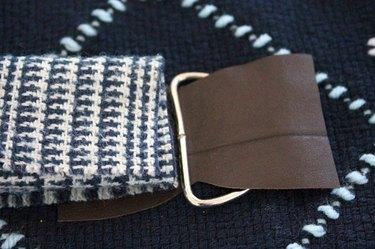 winter-scarf-camera-strap-thread-leather