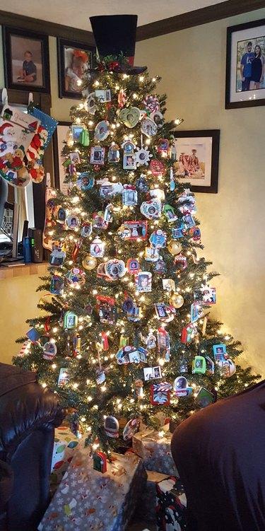 Christmas Tree Spotlight: Sharon Kotz Albers' Tree of Memories