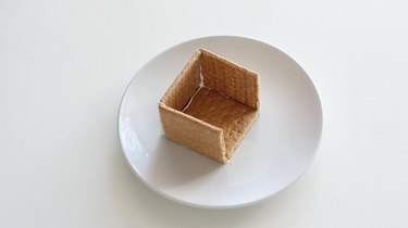 Building house from graham crackers