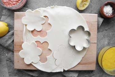 Cut out flowers from pie dough