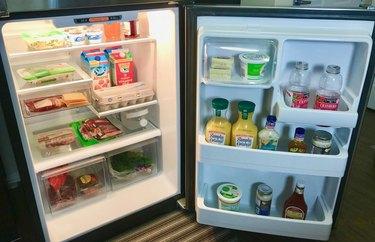 Neat Refrigerator