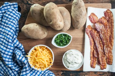 Copycat Recipe: TGI Fridays Loaded Potato Skins
