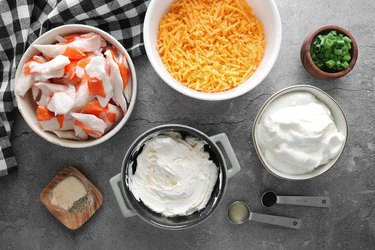 Ingredients for hot creamy crab dip