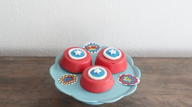 Captain America's shield cookies