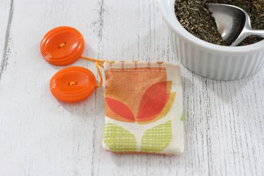 Make your special blend of tea even better by creating your own custom, reusable tea bags.