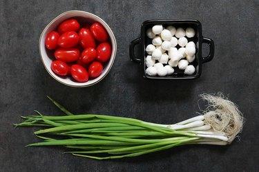 Ingredients for tomato and mozzarella tulips