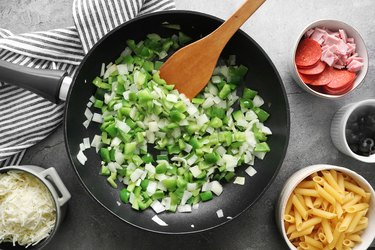 Cook bell pepper, onion and garlic