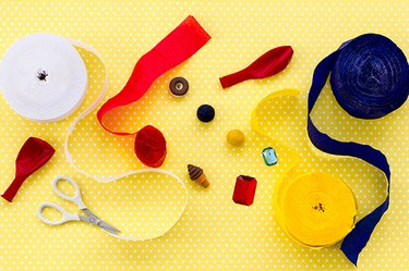 DIY Mini Beach Ball Party Favors