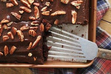 Slice Texas sheet cake