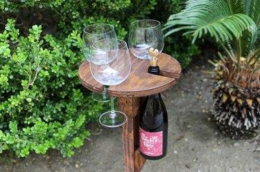 DIY outdoor wine caddy