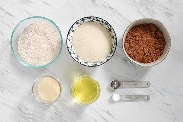 Ingredients for vegan Thin Mints