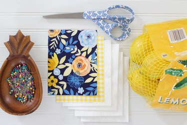 If transforming your home into a more eco-friendly place is important to you, then this zero-waste washable sponge a good alternative to those traditional throw-away plastic dish sponges.
