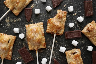 S'mores pie pops recipe