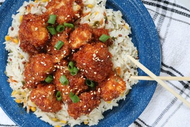 Vegan general tso's cauliflower