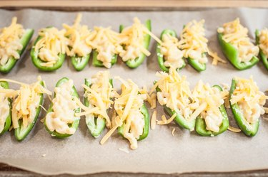 Baked Mac & Cheese Stuffed Jalapeños Recipe