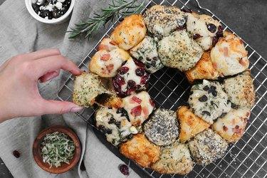 Mix & match savory pull-apart bread