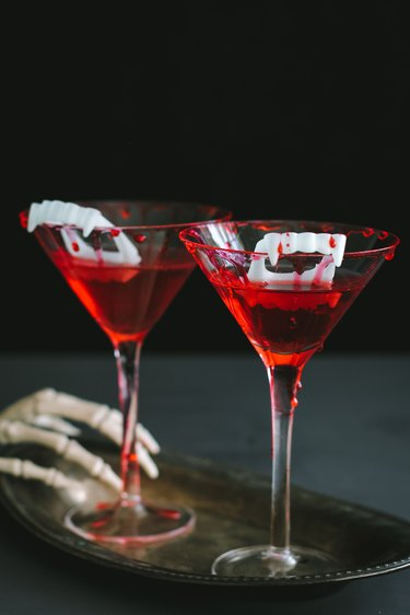 Bloody vampire cocktails for Halloween