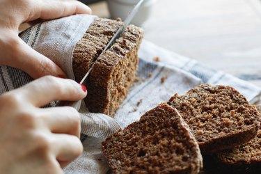 Cutting whole-wheat rye bread
