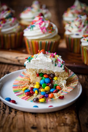 Completed piñata cupcakes