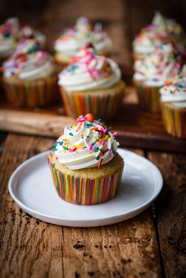 Cupcake with frosting and sprinkles