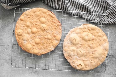 Let cookie layers cool