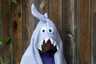 If sharks are your thing and Shark Week can't come soon enough in your book, then you'll want to dive into this fun, cozy, hooded blanket project.