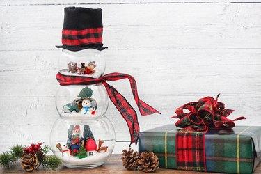 diy fishbowl snowman