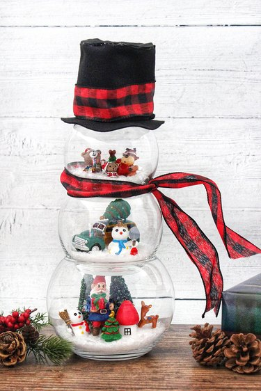 completed diy fishbowl snowman