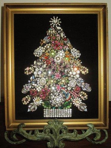 Sarah Shannon Moncho's Antique Jewelry Tree