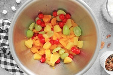 Combine fruit in a large bowl