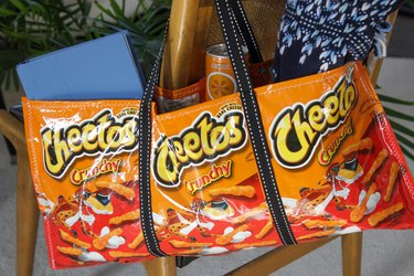 snack bag tote