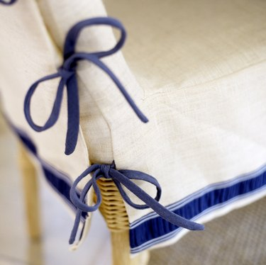 Slipcover with bow ties