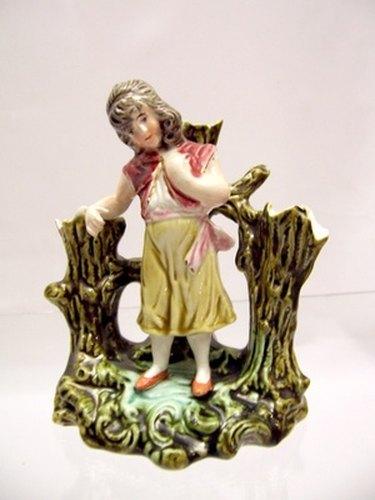 porcelain-figure of girl