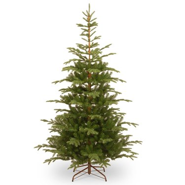 7.5 foot artificial christmas tree norwegian spruce