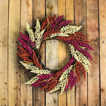 22-Inch Autumn Harvest Mixed Heather and Grapevine Wreath