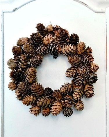 DIY Pine Cone Fall Wreath