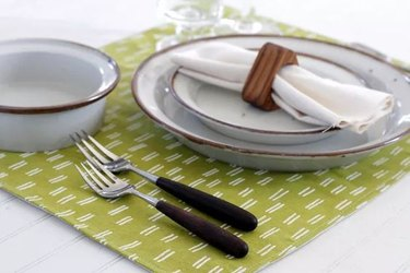 how to sew fabric placemats