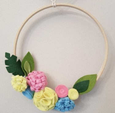 Spring Wreath Image