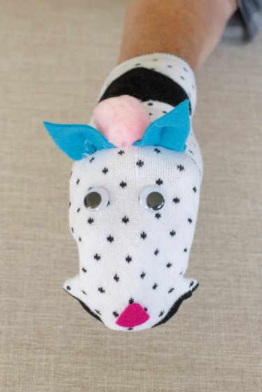 finished cat puppet