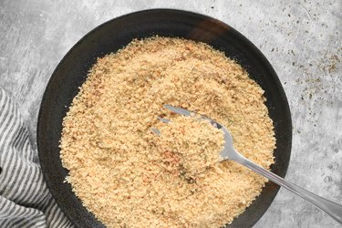 Mix bread crumbs and spices