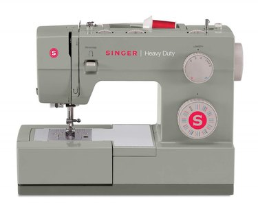 SINGER 44S Classic Sewing Machine