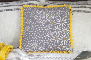 finished no-sew braided pillow cover