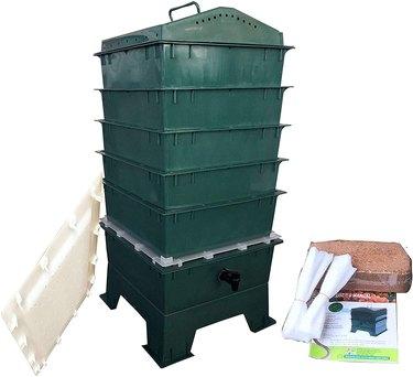 VermiHut 5-Tray Worm Compost Bin