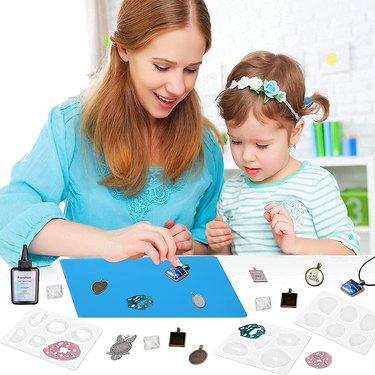 UV Resin Jewelry Making Kit